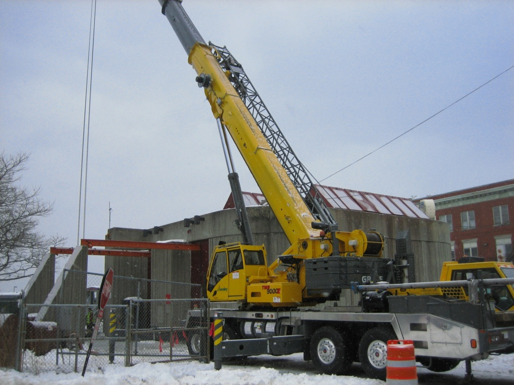 Truck Crane Service Equipment - Keeley Crane Service